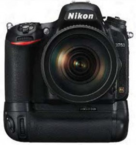Nikon D750 with MB-D16 battery grip
